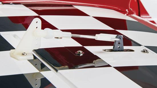 Short direct aileron linkages provide precise control