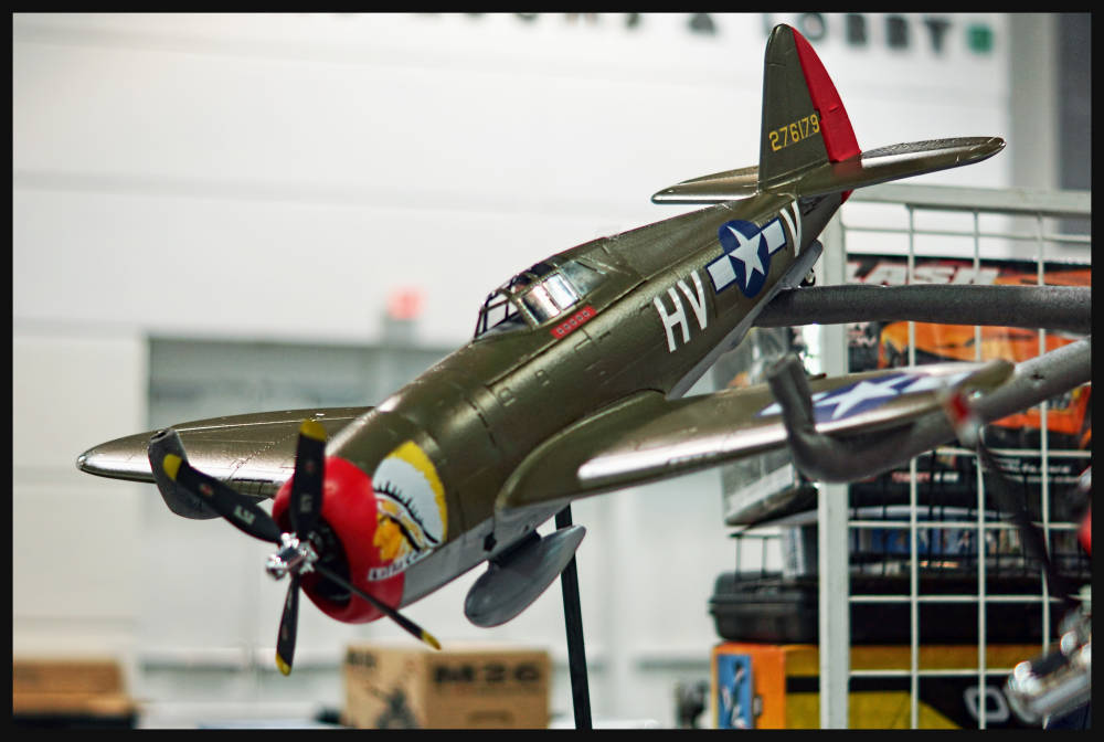 Diamond Hobby FMS P-47 Razorback High Speed
