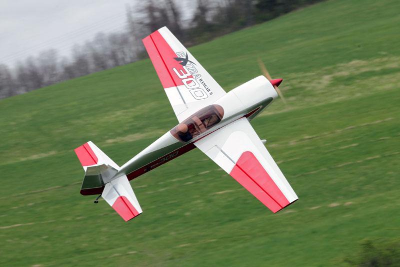 Hangar 9 35 Extra 300 Arf Fly Rc Magazine